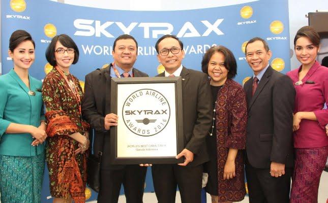 Garuda Indonesia Raih Penghargaan World 's Best Cabin Crew 2016 untuk Ketiga Kalinya