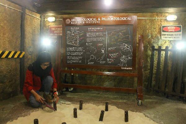 Belajar Menjadi Arkeolog di Kidzania