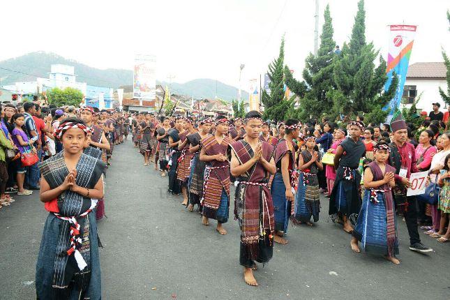 Karnaval Kemerdekaan Pesona Danau Toba 2016 Tampilkan Seni Budaya Sumatera Utara dan Nusantara