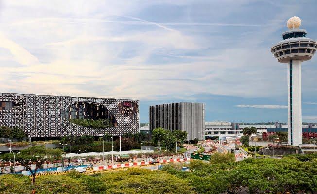 Hotel Crowne Plaza Changi Airport Meluncurkan Kamar Bisnis Baru