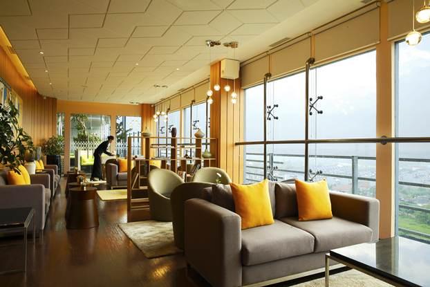 Hotel Santika Luncurkan Rooftop Lounge Terbaru di Kota BSD