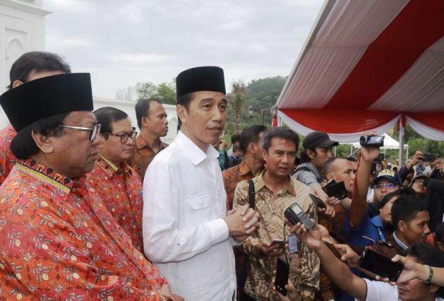 Presiden Joko Widodo Resmikan Sail Selat Karimata 2016