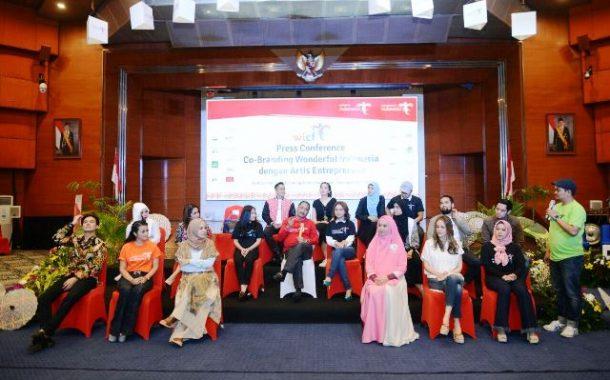 Kementerian Pariwisata Co-Branding dengan Produk-Produk Selebritis  Indonesia