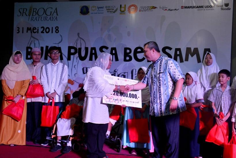 Grup Sriboga Raturaya Berbagi Keceriaan bersama 257 Anak Disabilitas