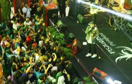 Sammy Simorangkir Meriahkan Misi Penjualan Ayo ke Toba di Surabaya