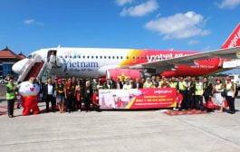 Vietjet Air Terbang Perdana ke Bali