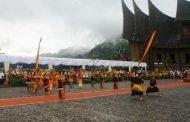 Festival Pesona Minangkabau Dibuka Dengan Meriah di Istano Basa Pagaruyung