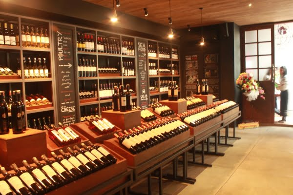 J House, Tempat Hang Out Terbaru Pecinta Wine