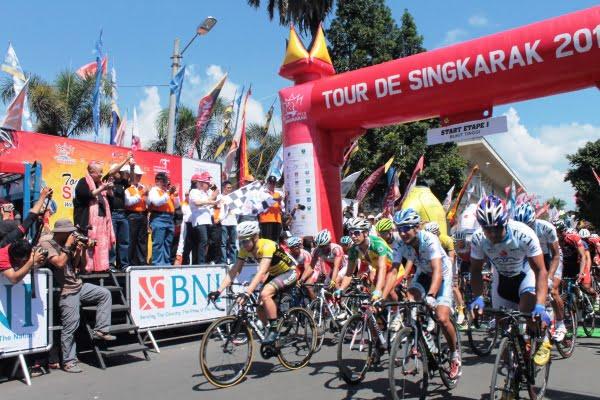 Etape Pertama TDS 2013, Nikmati Alam Bukitinggi sampai Pasaman.