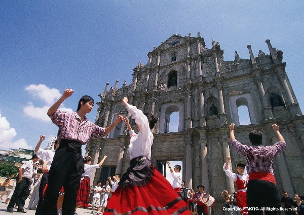 Macau, Bertemunya Pesona Warisan Budaya Barat dan Timur