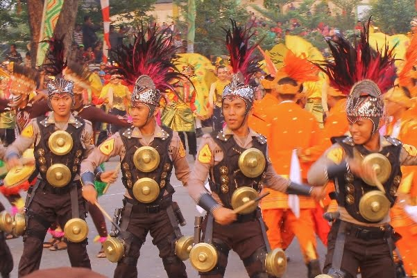Semaraknya Karnaval Khatulistiwa di Pontianak