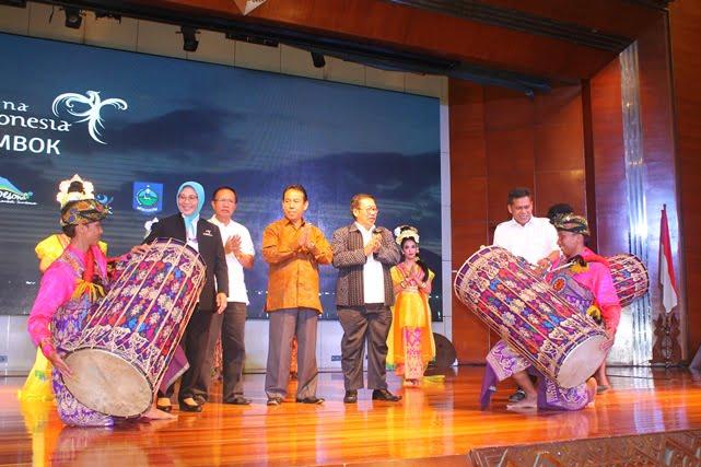 Lombok-Sumbawa Luncurkan Pesta Belanja dan Festival Bau Nyale