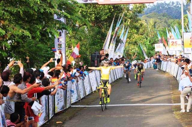 Tour De Lombok Mandalika 2017 Mengangkat Pariwisata NTB