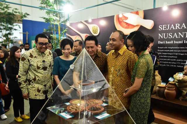 Suasana tur Jejak Kuliner Nusantara09di Festival Jajanan Bango 2017 rz