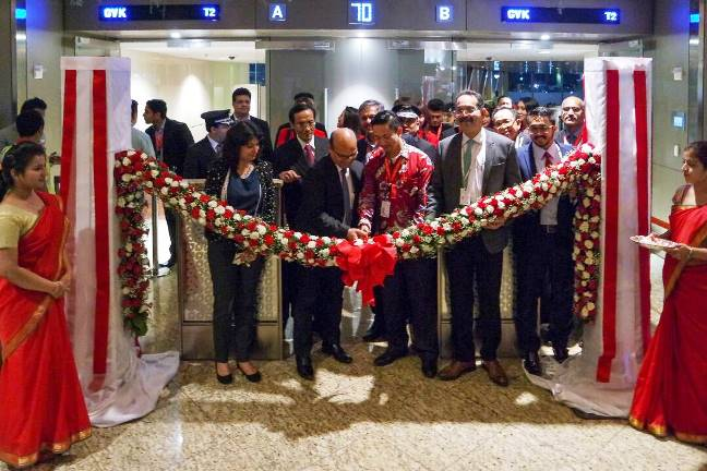 AirAsia X Indonesia Terbang Perdana dari Bali – Mumbai