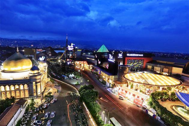 Liburan Lebaran di Kawasan Terpadu Trans Studio Bandung