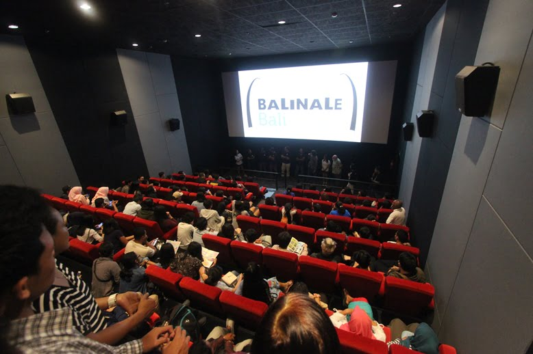Full house at Plaza Renon Focus on Bali screening
