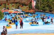 Let's Get Wet di The Jungle Waterpark