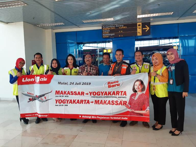 Lion Air Maskapai Pertama Yang Menghubungkan Makassar – Kulonprogo, Yogyakarta
