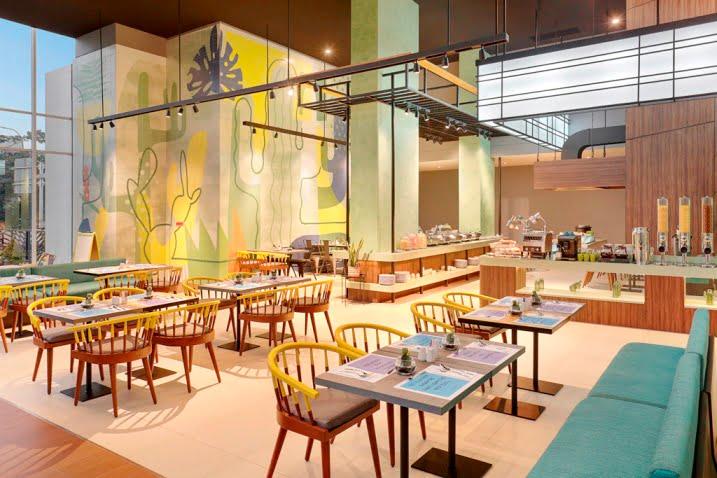 sTREATs Restaurant ibis Styles Jakarta Simatupang