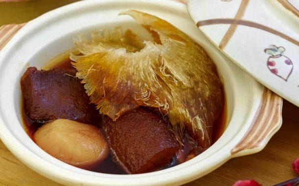Rayakan Tahun Tikus Logam di Hotel Gran Mahakam