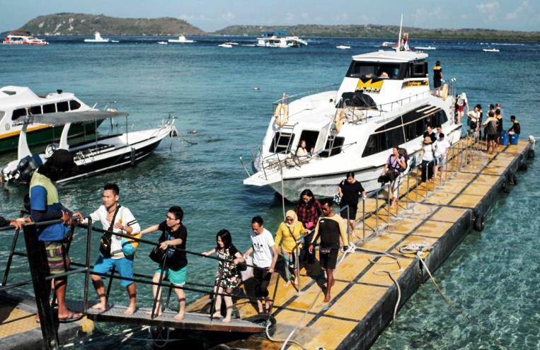 Kemenparekraf Siapkan Program Perlindungan Sosial Bagi Pelaku Pariwisata