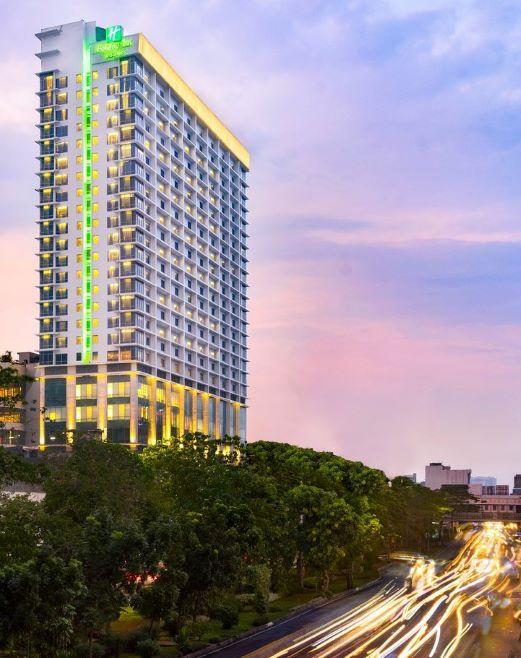 Holiday Inn Suites Jakarta Gajah Mada 1