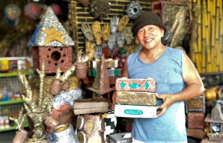 The Griya Lombok, Pusat Seni Daur Ulang Kertas