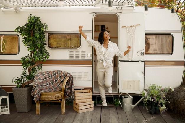 Kembalikan Semangat Bekerja di Masa WFH  dengan Workation Menggunakan Campervan