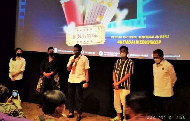 kembali ke bioskop11