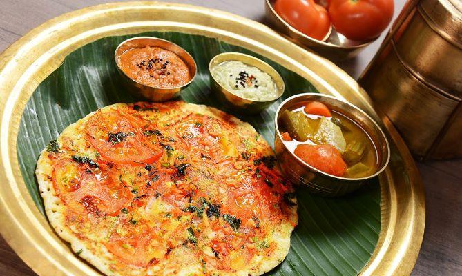 Makanan India autentik di Komala Vilas